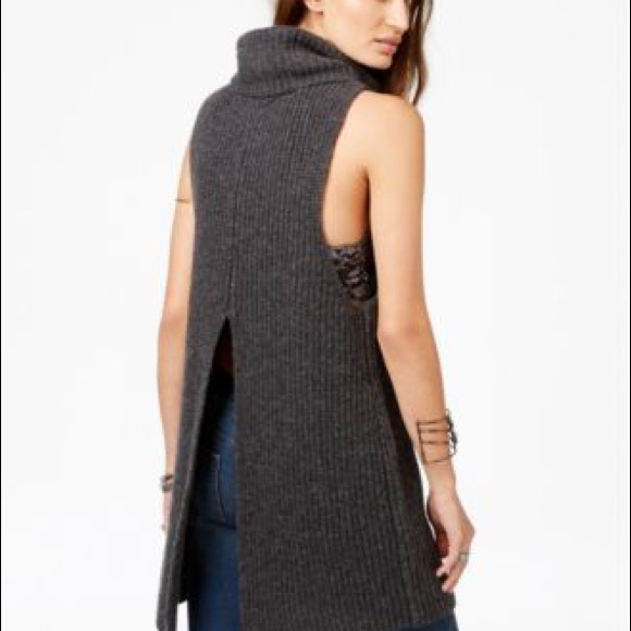FREE PEOPLE / NEED IT NOW SWEATER